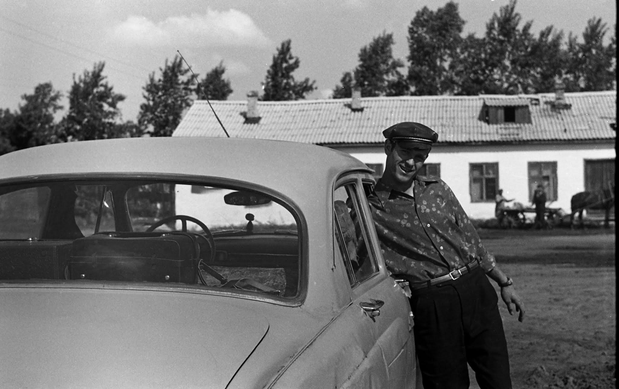 vol_pavel_chekcheev_pisateli_suetka_1974_002