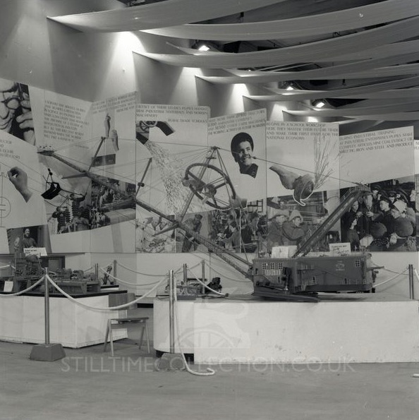 sov_stilltime_earlscourt_1961_0008