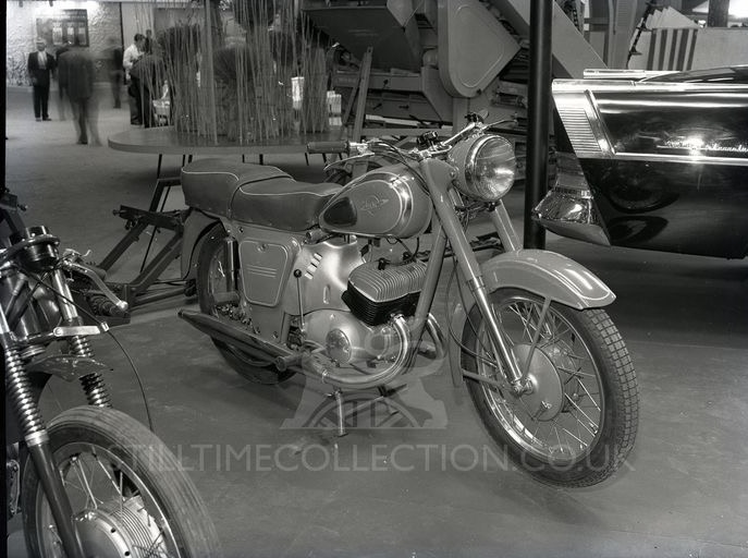 sov_stilltime_earlscourt_1961_0010