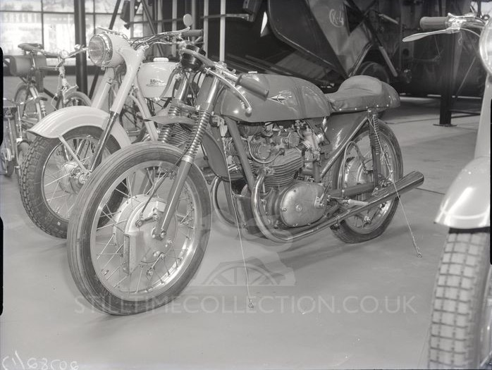sov_stilltime_earlscourt_1961_0016